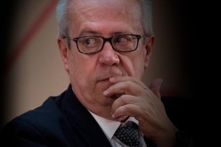 Cierre del día: Sorpresiva renuncia del Secretario deHacienda